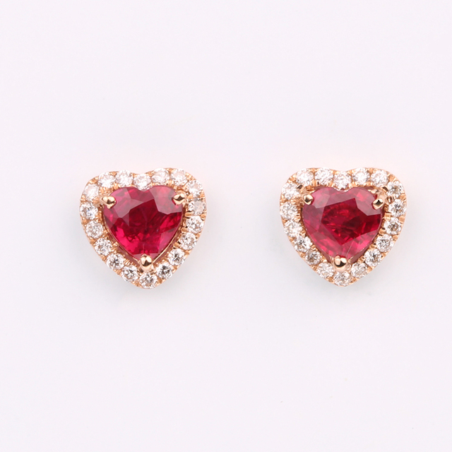 Robira Fashion Simple Vintage Natural Ruby Red Heart Stud Earrings Wholesales Factory Direct Sales 18K Gold Jewelry Accessories