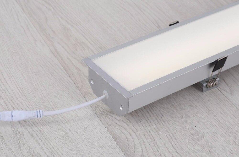levou luminária, lâmpada led linear com clipes de montagem