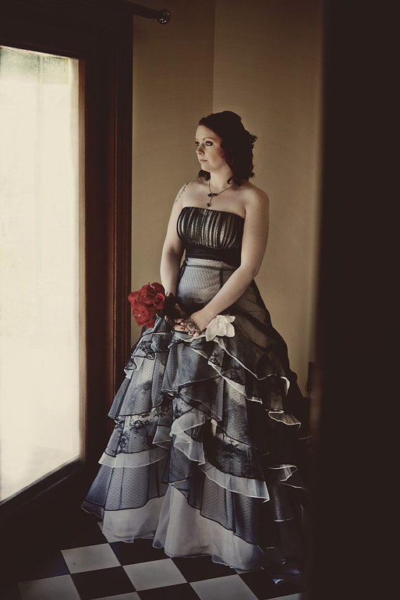 Popular 1950s ball gowns buy cheap 1950s ball gowns lots for Blue gothic wedding dresses