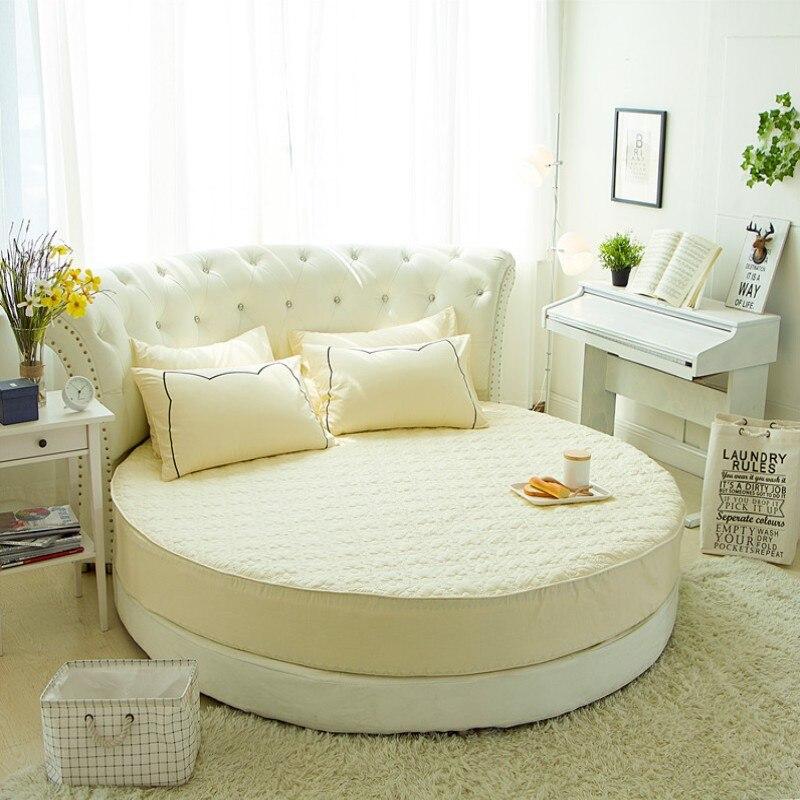 Ev ve Bahçe'ten Yatak Kılıfları ve Tutucular'de Yuvarlak kapitone yatak koruyucu % 100% pamuklu çarşaf romantik yuvarlak yatak çarşafı tema otel düğün yatak'da  Grup 1
