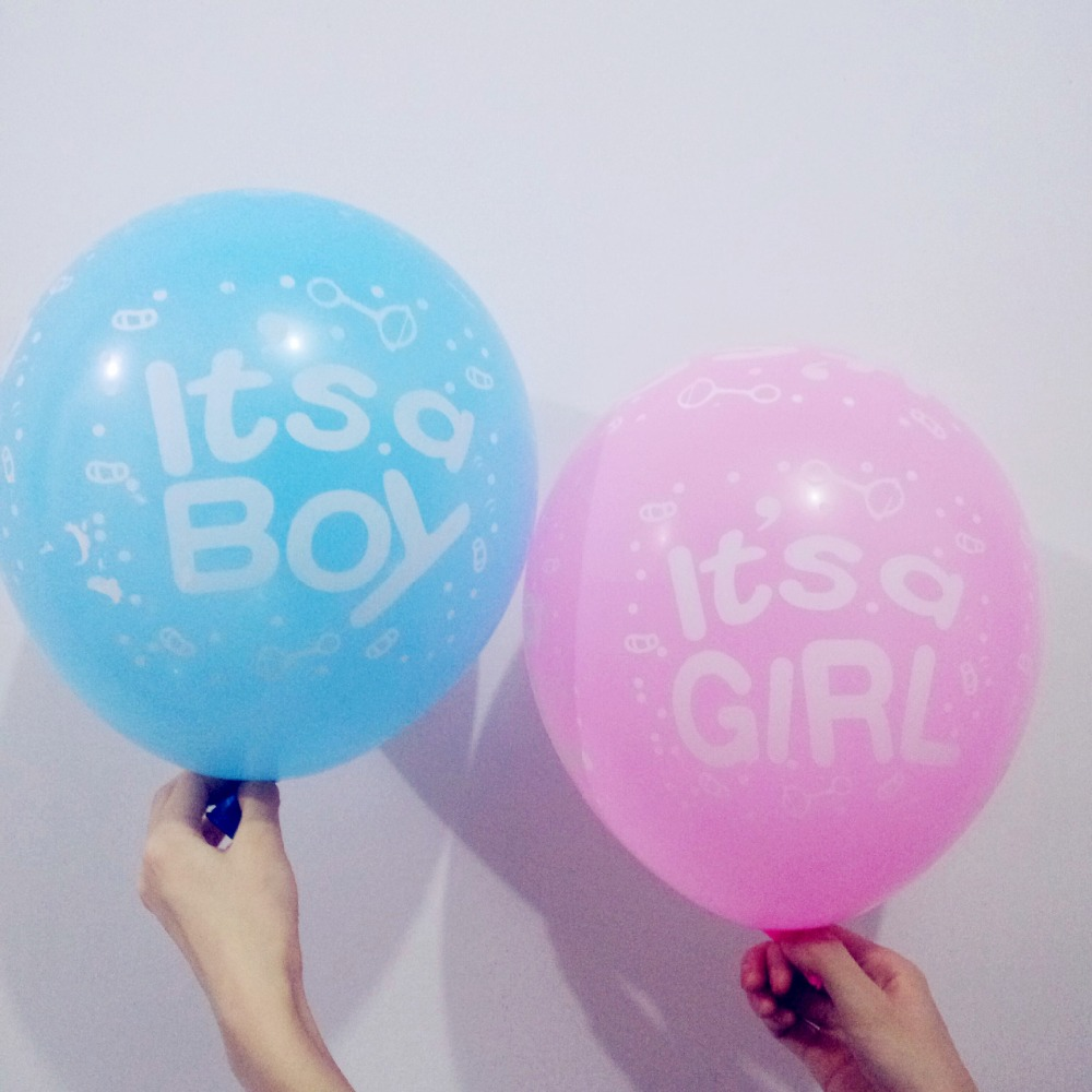 20 pcs 2.8g Baby shower pink it's a girl blue it's a boy printed latex balloon 1