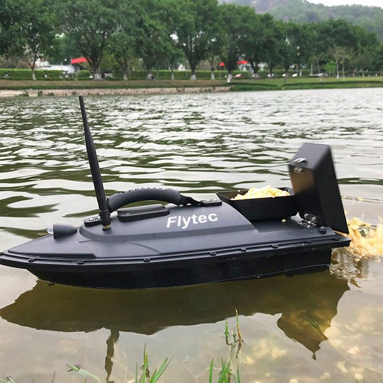 Strumento di pesca Intelligente Bait Boat Giocattolo Modulazione di Frequenza Radio Remote di Controllo Digitale Automatico Dispositivo di Pesca Bait Lanciatore di Barca