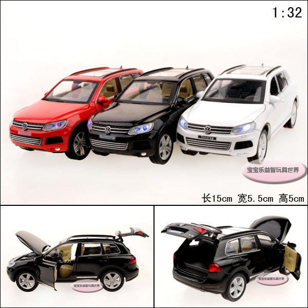 1:32 toy car model Volkswagen touareg exquisite alloy cool four door acoustooptical alloy car suv model