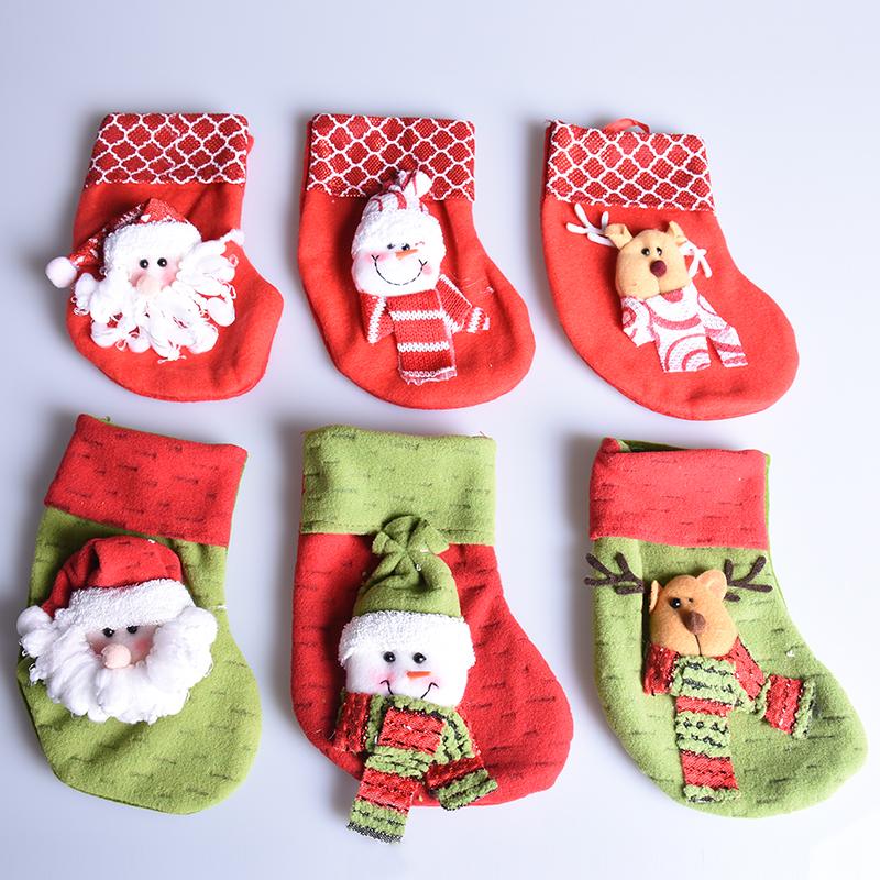 fashion creative christmas stockings candy gift bags new year supplies red green kid elk santa claus pattern for xmas decoration in stockings gift holders - Red And Green Christmas Stockings