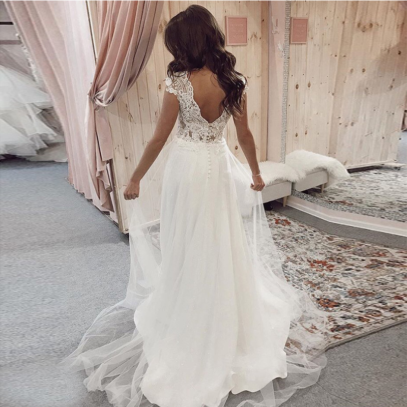 Romantic Boho Wedding Dress Ivory A Line Appliques Beaded Floor Length Tulle Backless Beach Wedding Dresses For Big Size Women