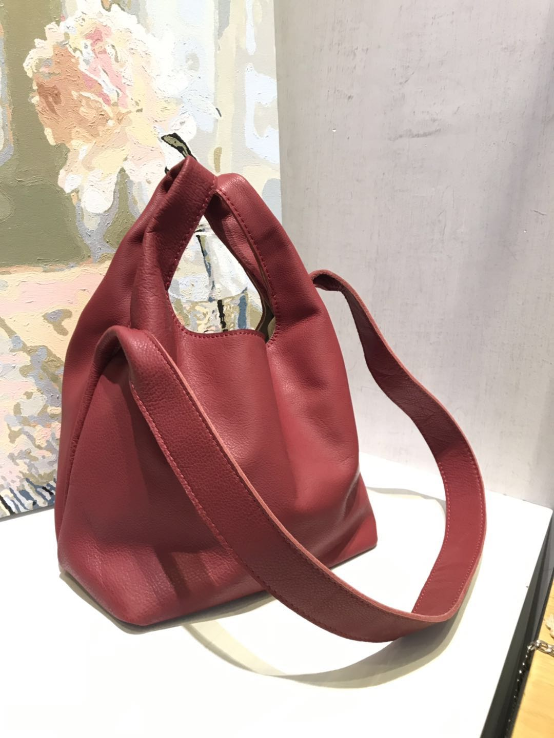 Vendange womens bag genuine leather handmade shoulder bag retro casual messenger bag 2557Vendange womens bag genuine leather handmade shoulder bag retro casual messenger bag 2557