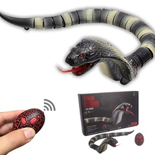 ФОТО realistic snake toy gadget jokes lifelike rc snake king cobra naja remote control toy tricks board game for adults party