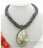 Beautiful! 6row Black Pearl&Abalone shell Pendant Necklace Cameo Clasp