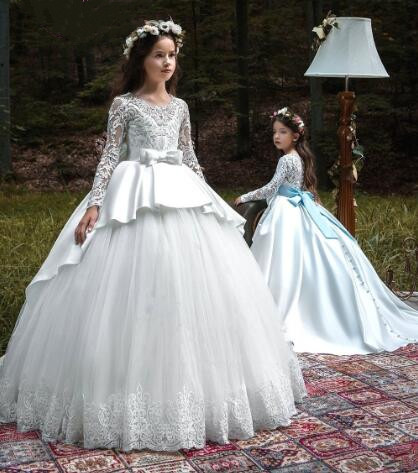 Popular Tulle Satin Girls Pageant Gown Long Sleeves Customized Lovely Princess Dress Flower Girl Dresses for Wedding with ButtonPopular Tulle Satin Girls Pageant Gown Long Sleeves Customized Lovely Princess Dress Flower Girl Dresses for Wedding with Button