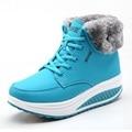 Женщины Снег сапоги Клинья Ботинки Мода Для Похудения Качели Обувь Плюшевые Твердые Круглым Носком Туфли На Платформе Леди Случайные Зимние Сапоги