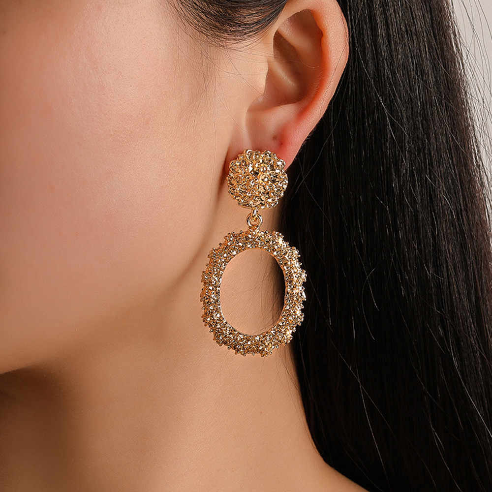 Hot Sale Exaggerated Circle Hoop Earrings Women Fashion Geometric Earrings For Party Wedding Ear Jewelry Gift Wholesale