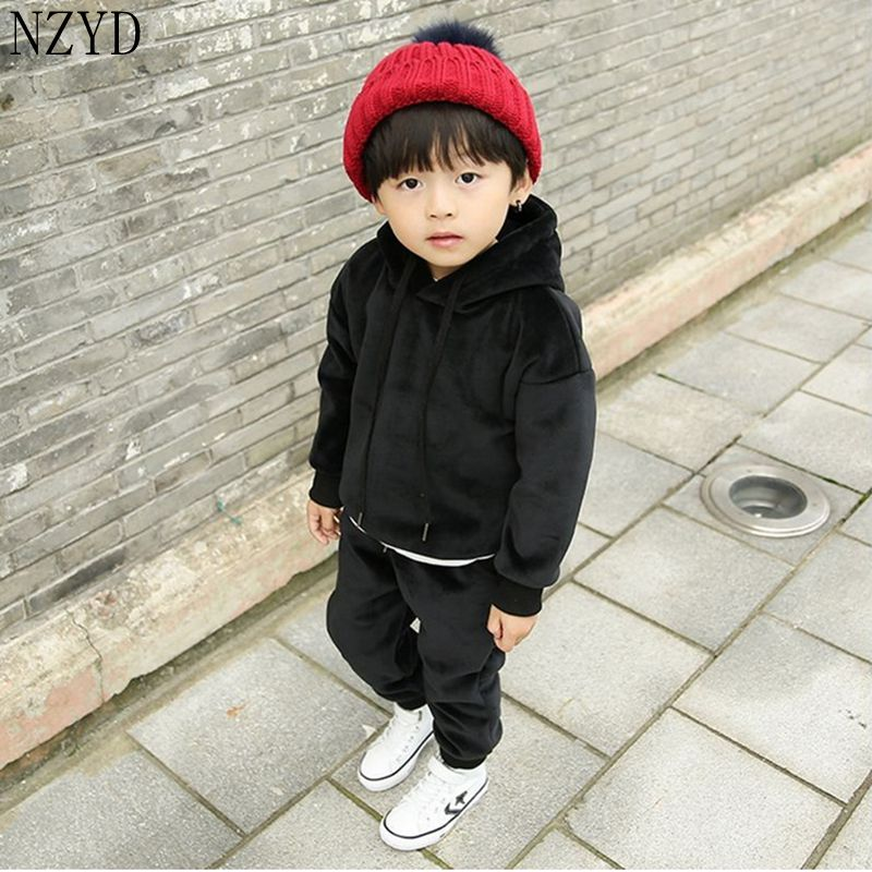 2016 New Fashion Autumn Winter Boy Two Pieces Suit Thicken Children Tops +Pants Suit Leisure Hooded Kids Clothes HL0856 2016 new fashion autumn winter boy two pieces suit thicken children tops pants suit leisure hooded kids clothes hl0856