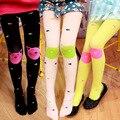Muchachas del resorte medias hermosas del color del caramelo de la muchacha delgada pantyhose lindo gato de la historieta niños hasta la rodilla cómodo medias de terciopelo