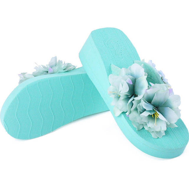 6463bd9ab2d5e Creative Hand - Made Flower Flip Flops Holiday Beach Shoe Slippers Wedge  Slides Women Casual Slippers
