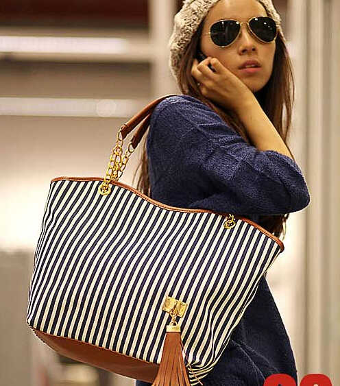 2015 moda bateu a cor preto e branco bolsa grande saco de verão novo pacote diagonal móvel