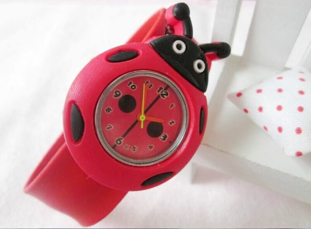 Lovely Children's Analog Ladybug Bendable Plastic Strap Kids Slap Watch Free Shi