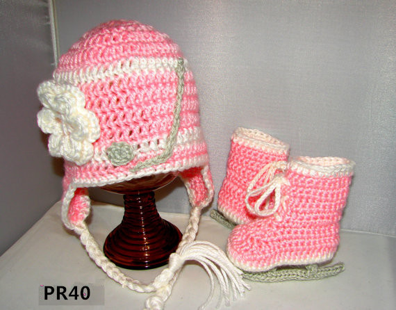 Crochet baby girl ice hockey set with hat and ice skates