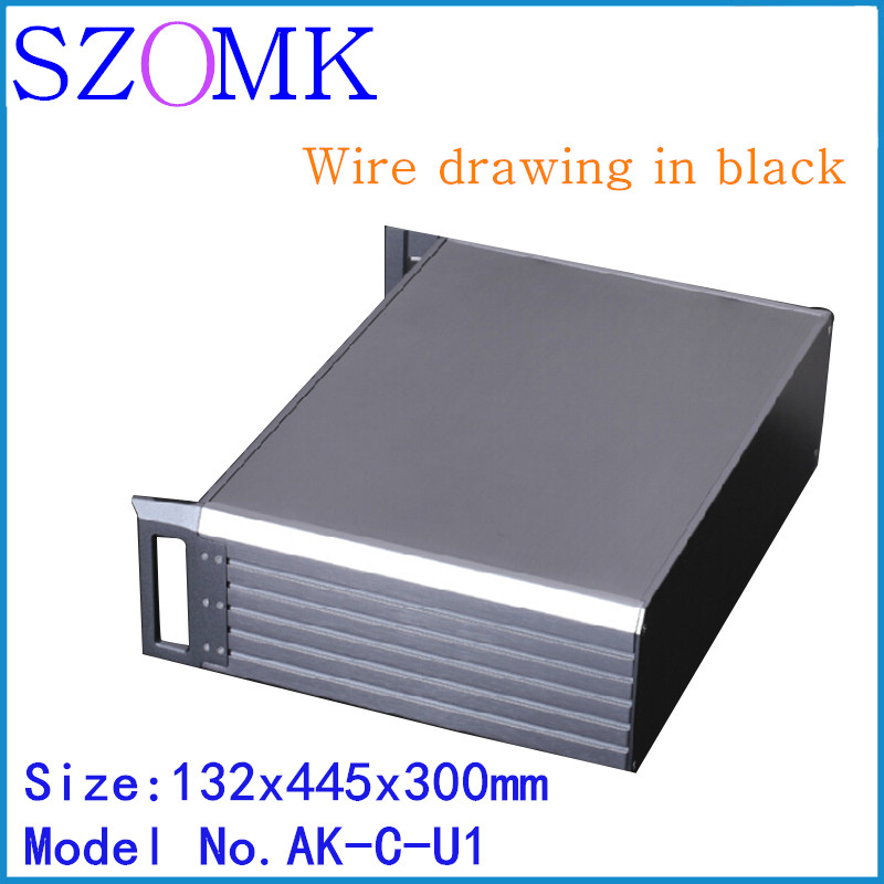 szomk black electronics aluminum amplifier project enclosure (1 pcs) 132*445*300mm seperated extruded aluminum control box 1 piece free shipping anodizing aluminium extruded enclosure for electronics with rubber ring 25x58x85mm