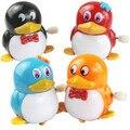 Frete grátis Pequena cadeia vento até brinquedos animal do pinguim de brinquedo