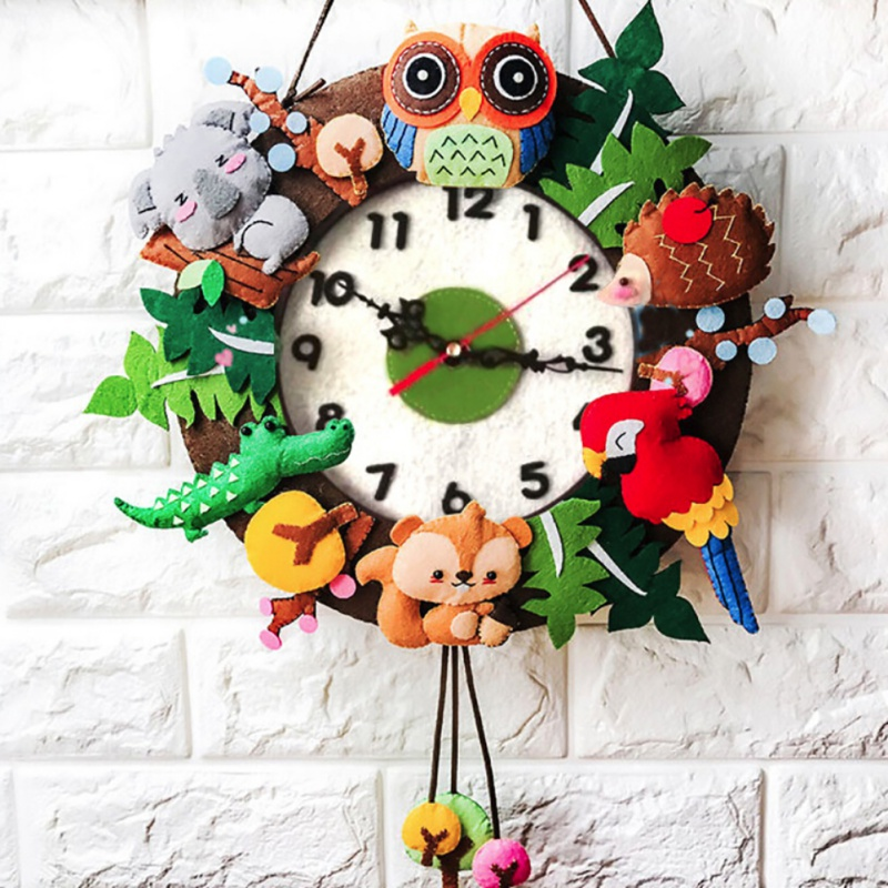 2 Style Cute DIY Wall Clock Set Free Cutting Felt Material Cloth Animal Style Handmade Cloth Clock Home Hanging Decoration