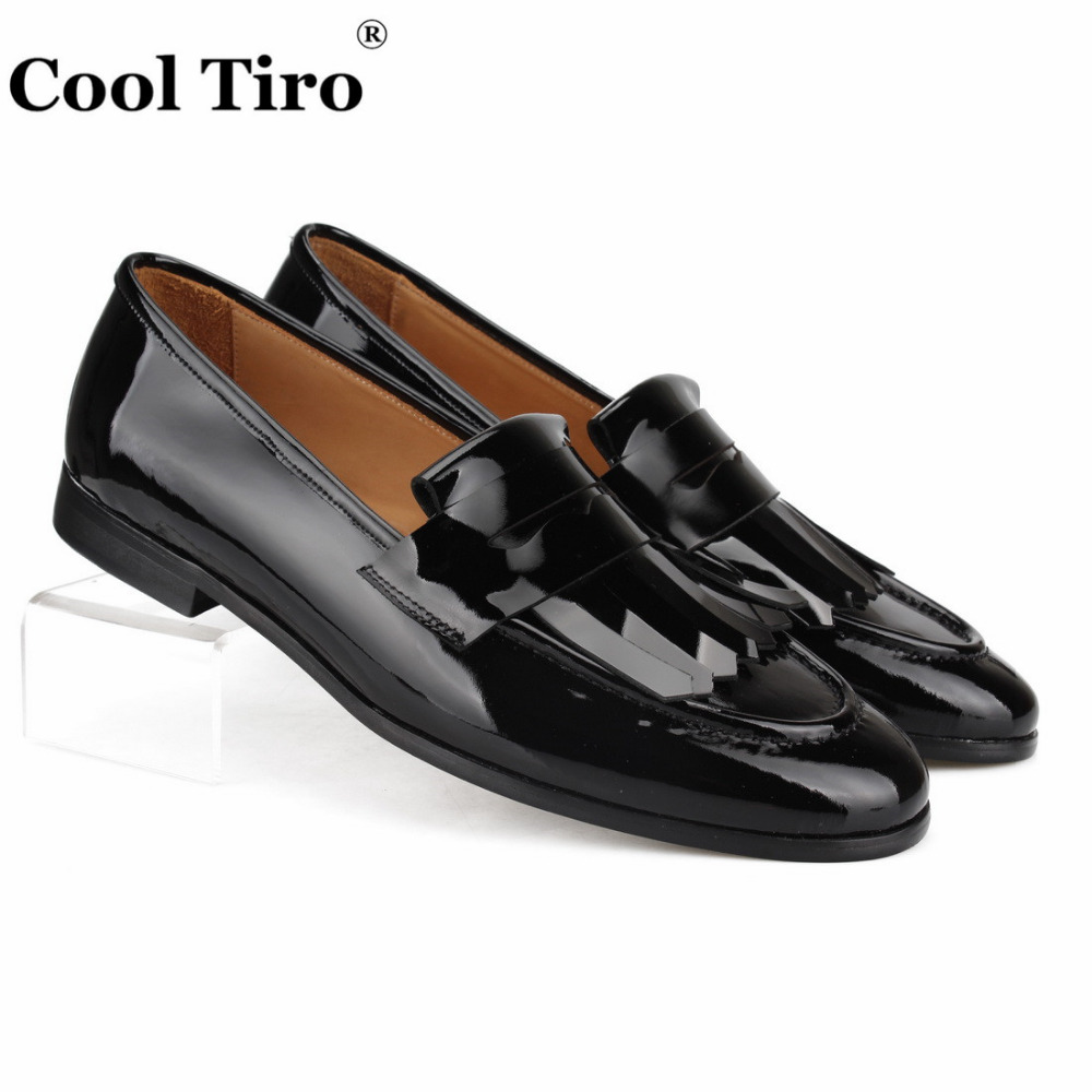 1be69492 US $120.9 |Cool Tiro Fringed Slippers Loafers Men Moccasins Black Patent  leather Casual Shoes Tassel Wedding Men's Dress Shoes slip on Flat-in  Formal ...