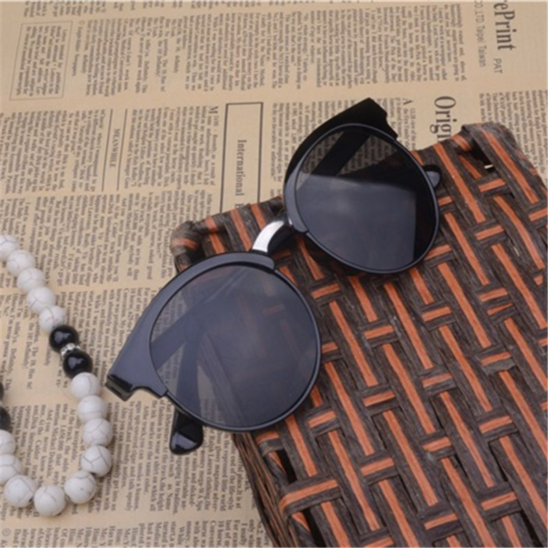 Women's sunglasses, 2016 of the latest styles, fashion, trend, glasses. 2.88USD