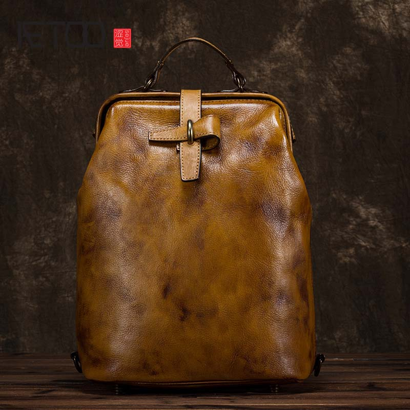 AETOO Handmade leather backpack vintage women cowhide bag Female first layer of leather craft rub color shoulder bags aetoo spring and summer new leather handmade handmade first layer of planted tanned leather retro bag backpack bag