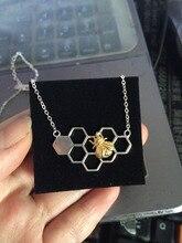 2-tone Réel. 925-sterling-silver D'or abeille/Abeille Sur Le Nid D'abeille Collier Insectes Pendentif Bijoux GNX526