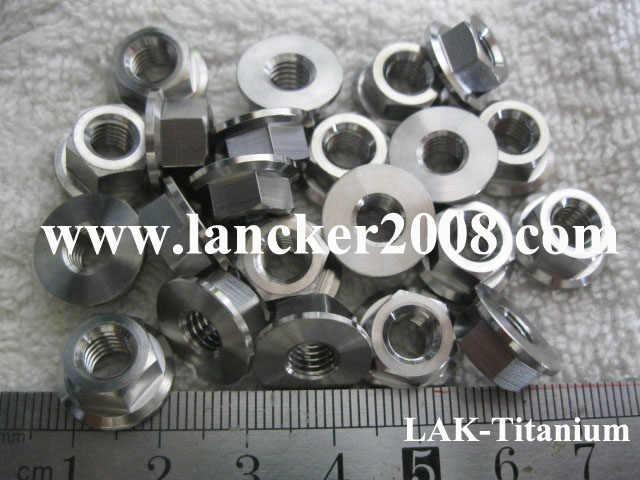 M5 M6 M8 M10 M12 M14 M18 ไทเทเนียม hexagon Flanged nut