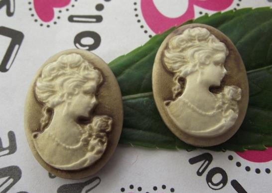 Free ship!!! 100pcs/lot Vintage resin Cameos Lady Portrait Cabochons Cameos brown color 18*25mm