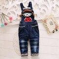 2016 elegante diseño del bebé ropa de la muchacha encantadora de dibujos animados patrón de mezclilla suspender pantalón adecuado 0-2 años de edad los niños