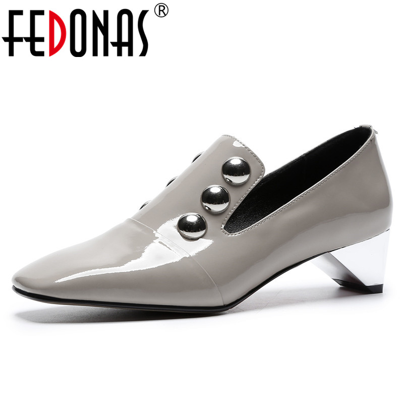 FEDONAS Top Quality Women Basic Pumps Sexy Rivets Slip On Party Prom Shoes Woman Sexy Square Toe Office Pumps Brand Women Shoes fedonas fashion women pumps casual women square toe low heels mules slip on slippers rivets button leisure retro british pumps