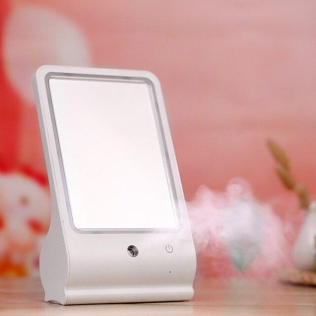 Новый Светодиодный Зеркало USB LED Nano Мистер Косметическое Зеркало + Нано-спрей Воды Метр Портативный женская Мода СВЕТОДИОД Зеркало для макияжа для Офиса