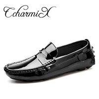 Ccharmix كبير الحجم 13 براءات جلدية الرجال الاحذية على الترفيه الرجال قرش القيادة المتسكعون أحذية عالية الجودة مرآة الرجال