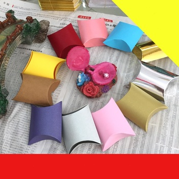 50pcs/lot New Pure Colourl Pillow Box Ribbon Bow Present Pouch Kraft Paper box Wedding Favors Gift Boxes Party Supply