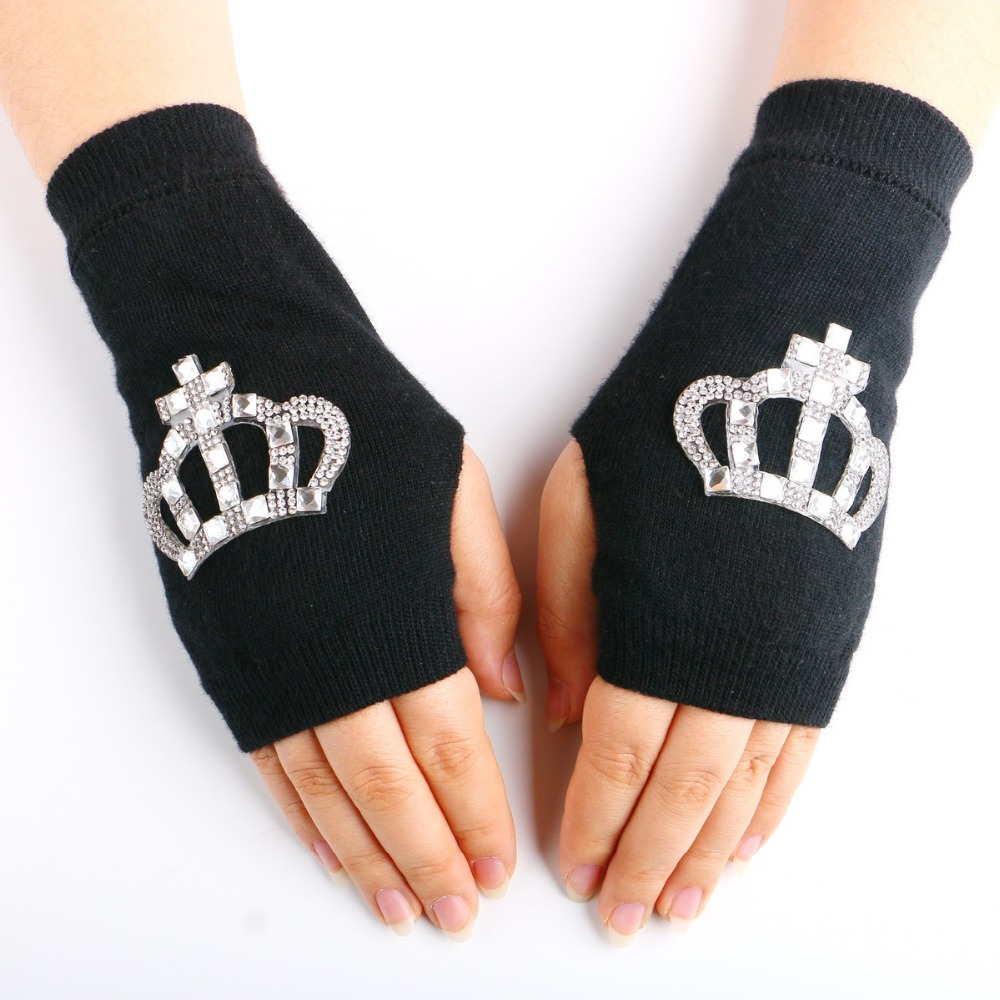 Fingerless leather gloves mens accessories - 2016 New Gloves Mittens Crystal Luva Women S Sparkling Half Finger Fingerless Glove Diamond Lucy Refers To Knitted Rhinestones