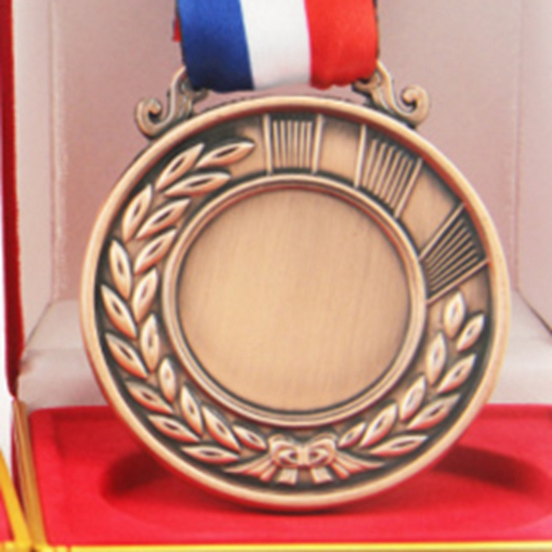 Factory direct 2018 new customized blank medal, spot metal sports medal, runner competit ...