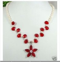 Charming White Pearl Red Jade Flower Pendants Necklace