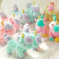 Nuevo estilo 10 UNIDS/LOTE Mixtos Dibujos Animados géminis unicornio Caballo de juguete de felpa muñeca lechón colgante bolsas colgante juguetes para niños juguetes para bebés