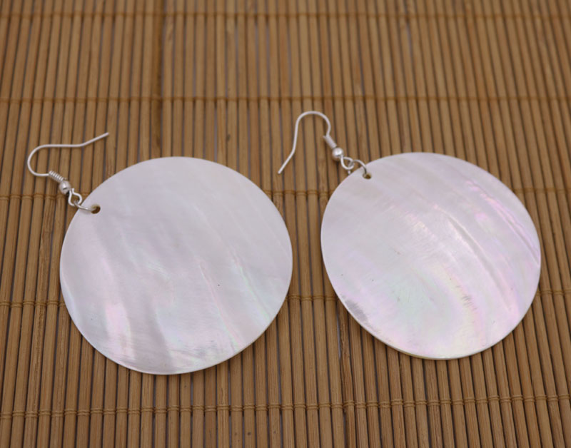 Купить с кэшбэком Natural White Coin Shape Shell Mother of Pearl Drop/Dangle Earring 20mm 30mm 40mm 50mm Choose