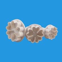 TTLIFE 3PCS Heart-shaped Five-petal Flower Cookie Cutter Fondant Cake Decorating DIY Tools Craft Paste Plunger Mold Pastry Mould