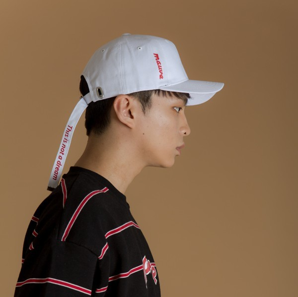 Long Strap Cap