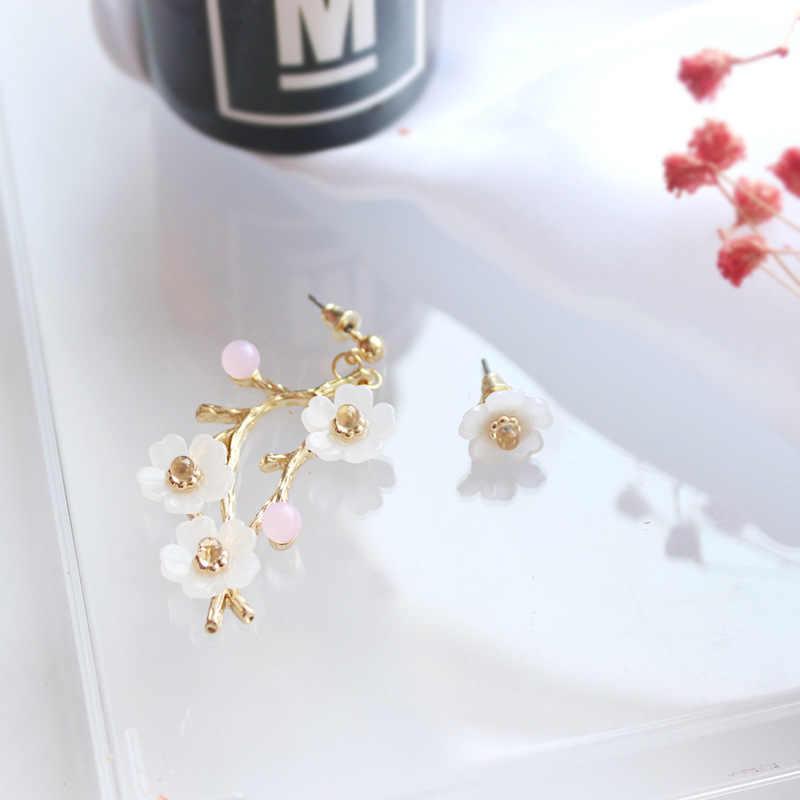Japanese earrings cherry blossom earrings Korean earrings Asian earrings Asymmetrical sakura flower fan earrings Chinese earrings