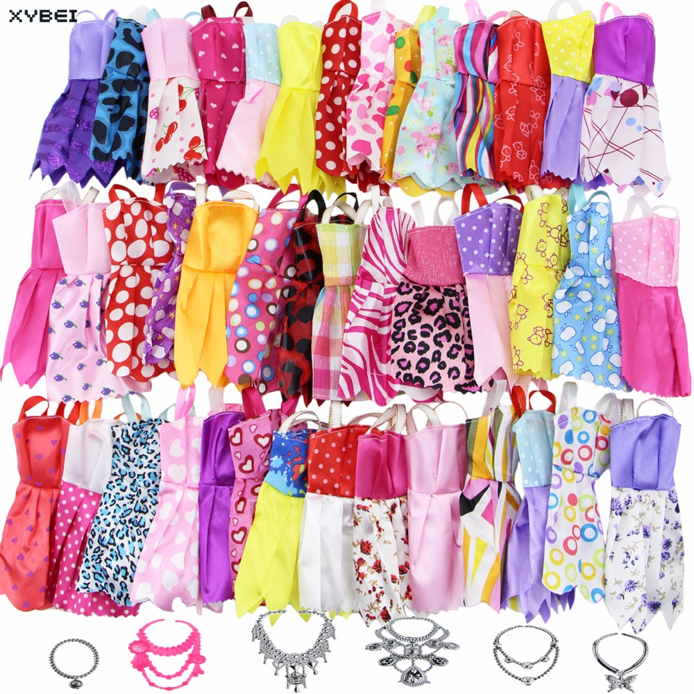 18 Pcs/Lot = Random 12x Mixed Style Mini Dress Party Skirt Costume + 6x Plastic Necklaces Clothes For Barbie Doll Accessories funny blades style small plastic spinning tops random color 4 pcs