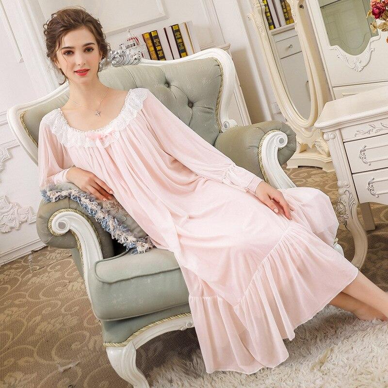 2019 Autumn Women Palace Style Lantern Sleeves Vintage White Solid Lace Nightgown Plus Size Sleepwear Lingerie Dress Ruffles