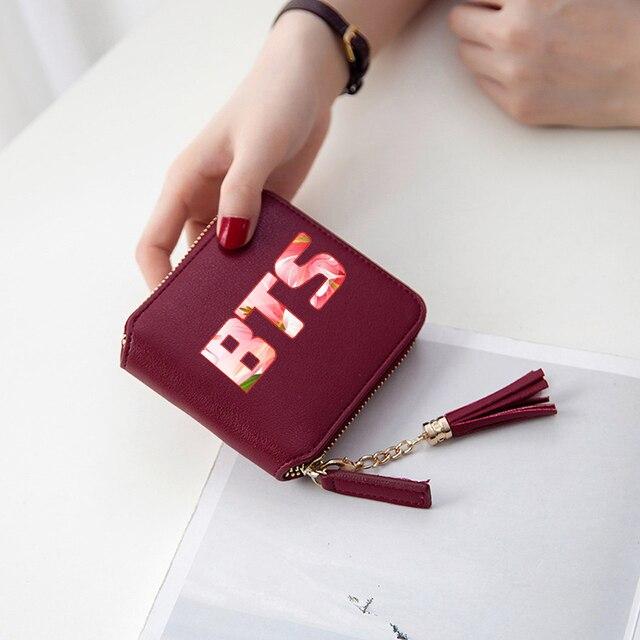 ed0a613c0a BTS 2018 Kpop Mulheres Carteiras Curto Zíper carteira de cartão de mulheres  carteiras e bolsas de