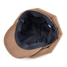 Top Fashion Solid Newsboy Caps Men And Women Warm Polyester Octagonal Hats For Autumn And Winter Unisex Casual Beret Toucas
