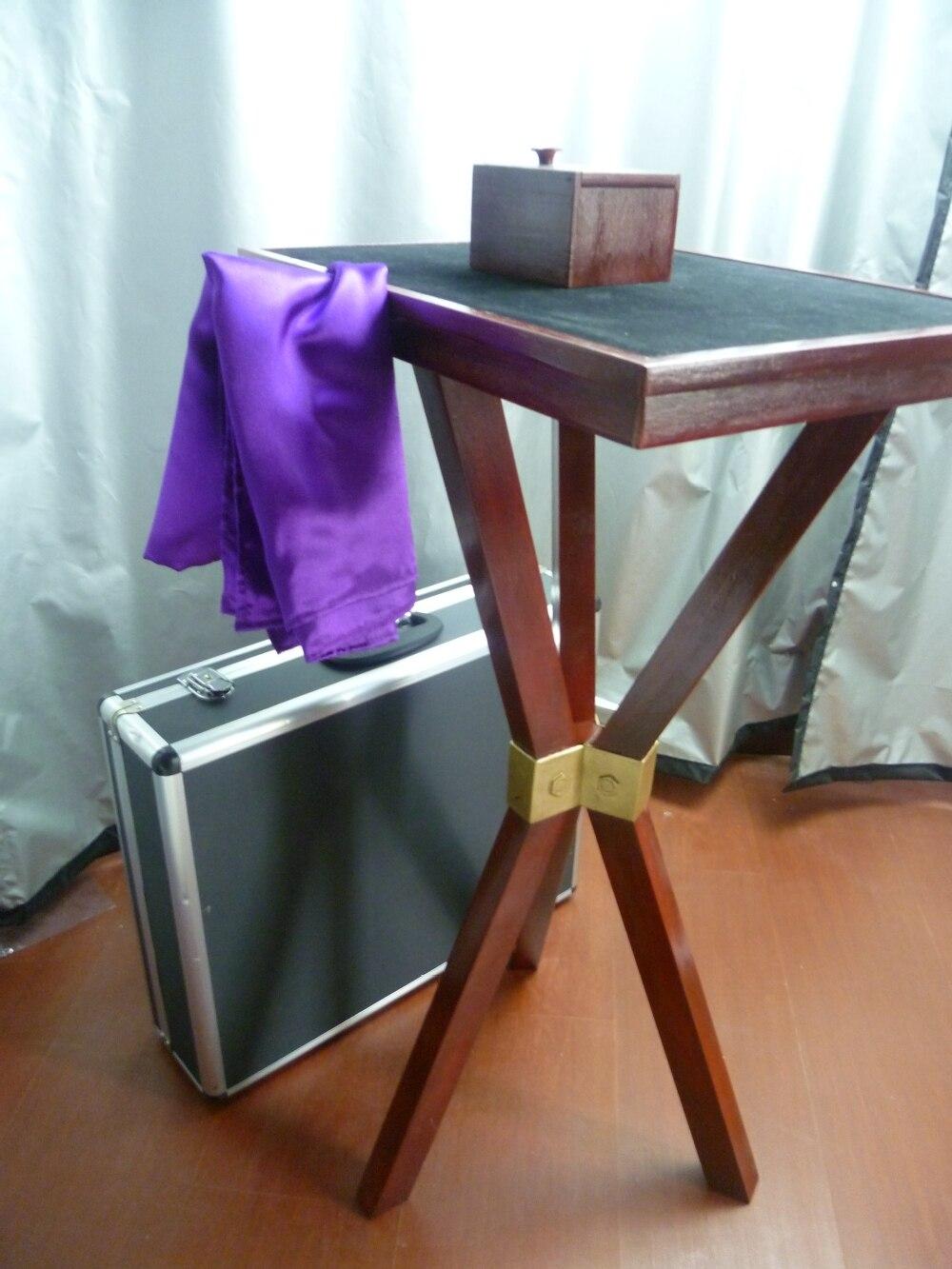 Trinité table flottante losander-magie de scène professionnelle
