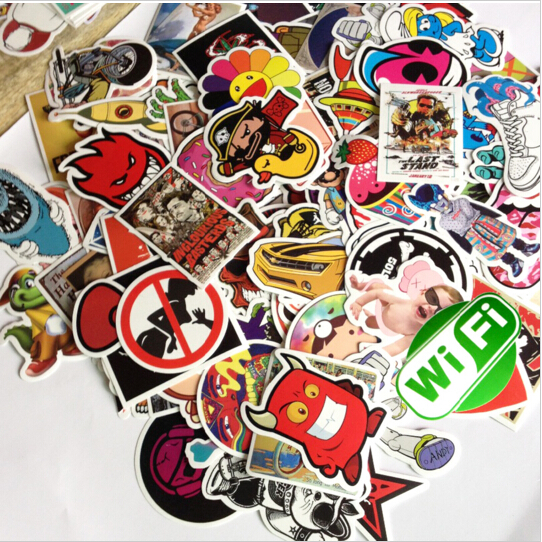 100pieces Lot Random Art Decal Glue Graffiti Wall Sticker Bomb Laptop Skate Suitcases