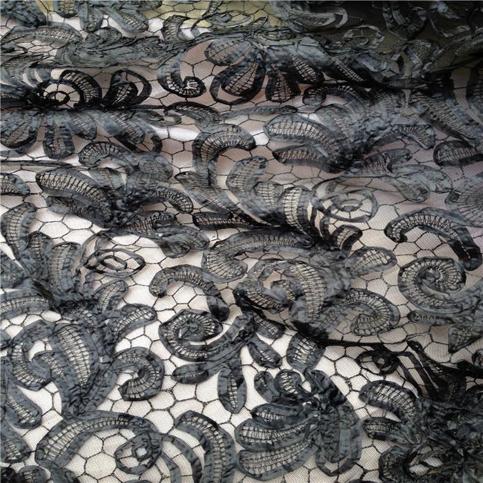 2019 nouvelle série de robe Haute Couture de tissus stéréoscopiques en soie de bourgeon de fleur mode beau tissu noir et blanc élégant
